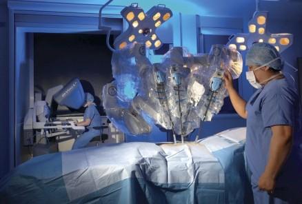Robot-Surgery-e1488553792377